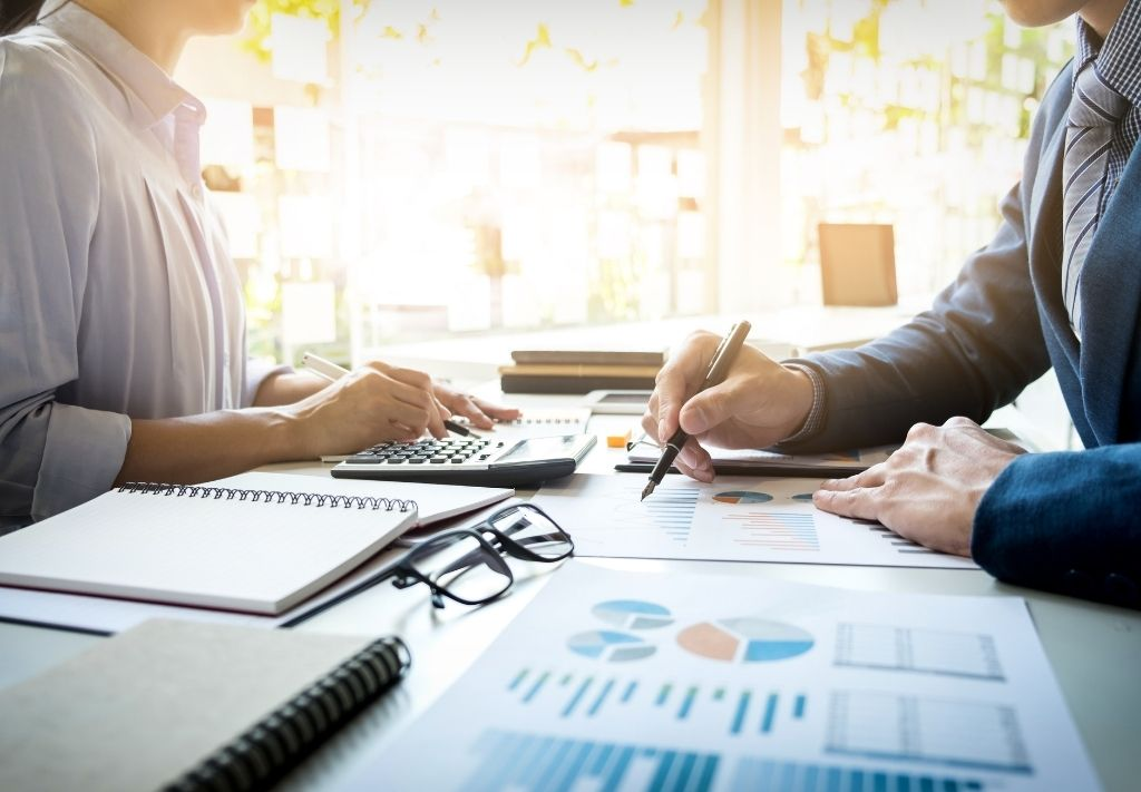 Social Media Marketing in Financial Services